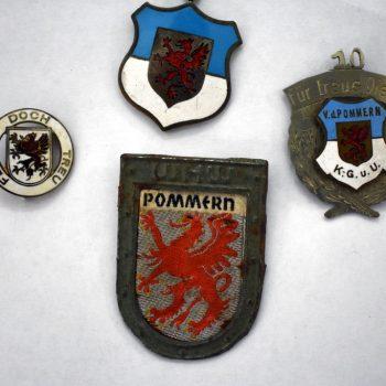 Znaczki z herbem miasta Sławno.